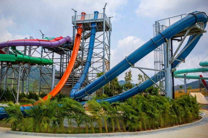 RamaYana-Waterpark-Pattaya-Thailand-Aqualoop-Freefall-1